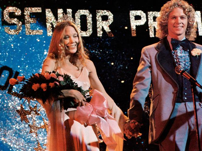 carrie-prom