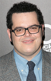josh gad doing olaf