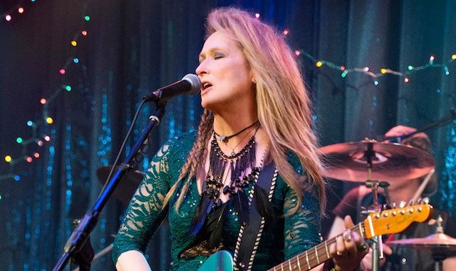 Sony's TriStar Pictures has revealed a new international trailer for the upcoming comedy-drama Ricki and the Flash.
