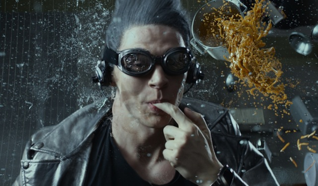 Bryan Singer has revealed a behind the scenes look at an X-Men: Apocalypse Quicksilver sequence!