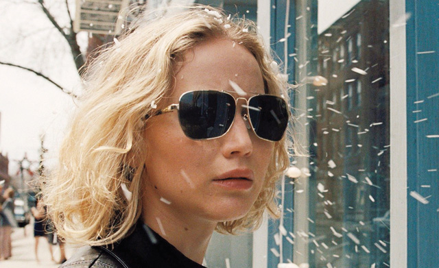 The Joy trailer reunites David O. Russell, Jennifer Lawrence, Bradley Cooper and Robert De Niro.