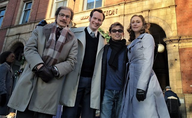 New Conjuring 2 Set Photos Show the Warrens in 1970s London.