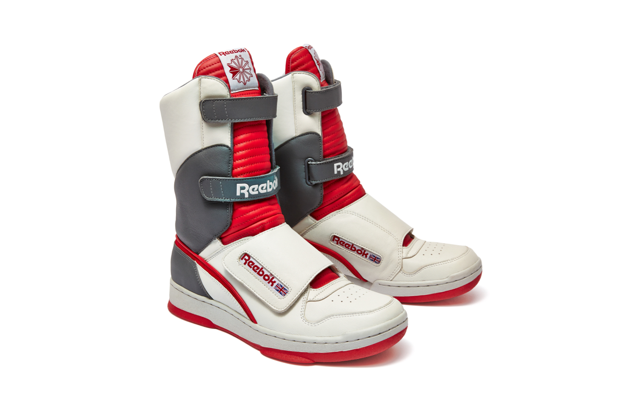 Here's the Alien Day Reebok stompers.