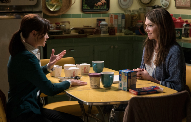 New Gilmore Girls Photos Featuring Lauren Graham and Alexis Bledel