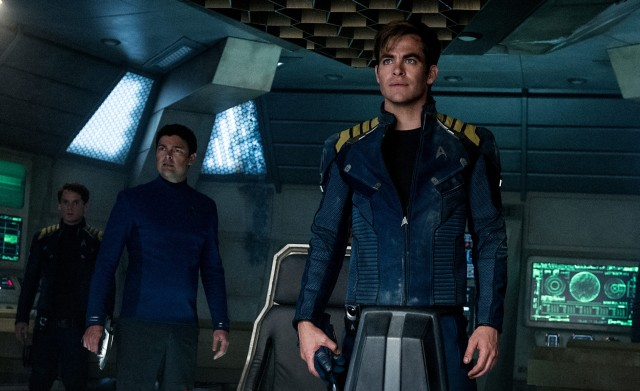 New Star Trek Beyond Photos Show off New Uniforms, Aliens