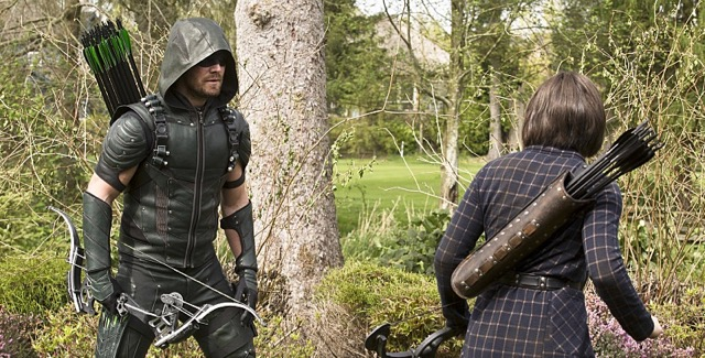 It's Oliver vs Thea in Arrow Episode 4.22 Photos