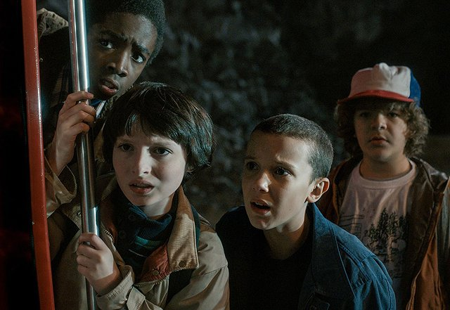 Shawn Levy Talks Netflix's '80s Sci-Fi Tribute Stranger Things