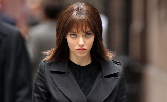 Clive Owen and Amanda Seyfried Photos from the Anon Set