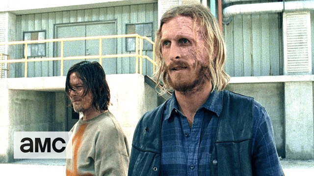 Daryl Has a Choice in a New Clip from The Walking Dead