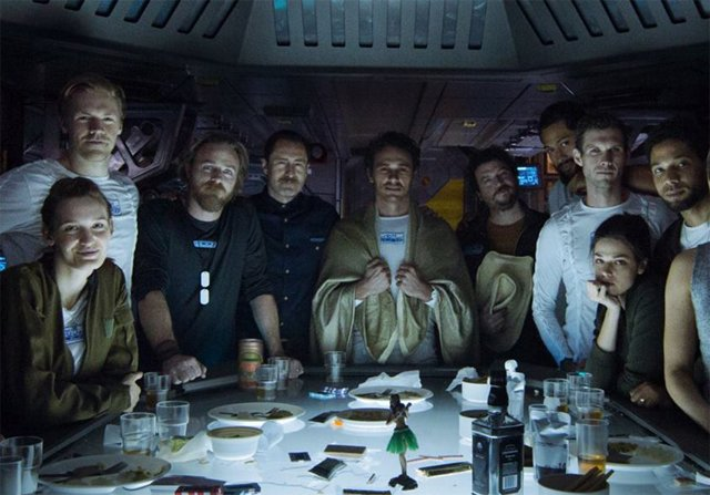 Full Alien: Covenant Cast Photo Gives First Look at James Franco