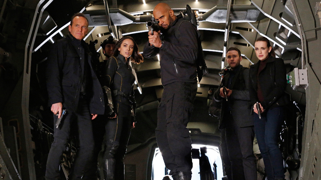 The Man Behind the Shield: Watch a New Agents of SHIELD Clip