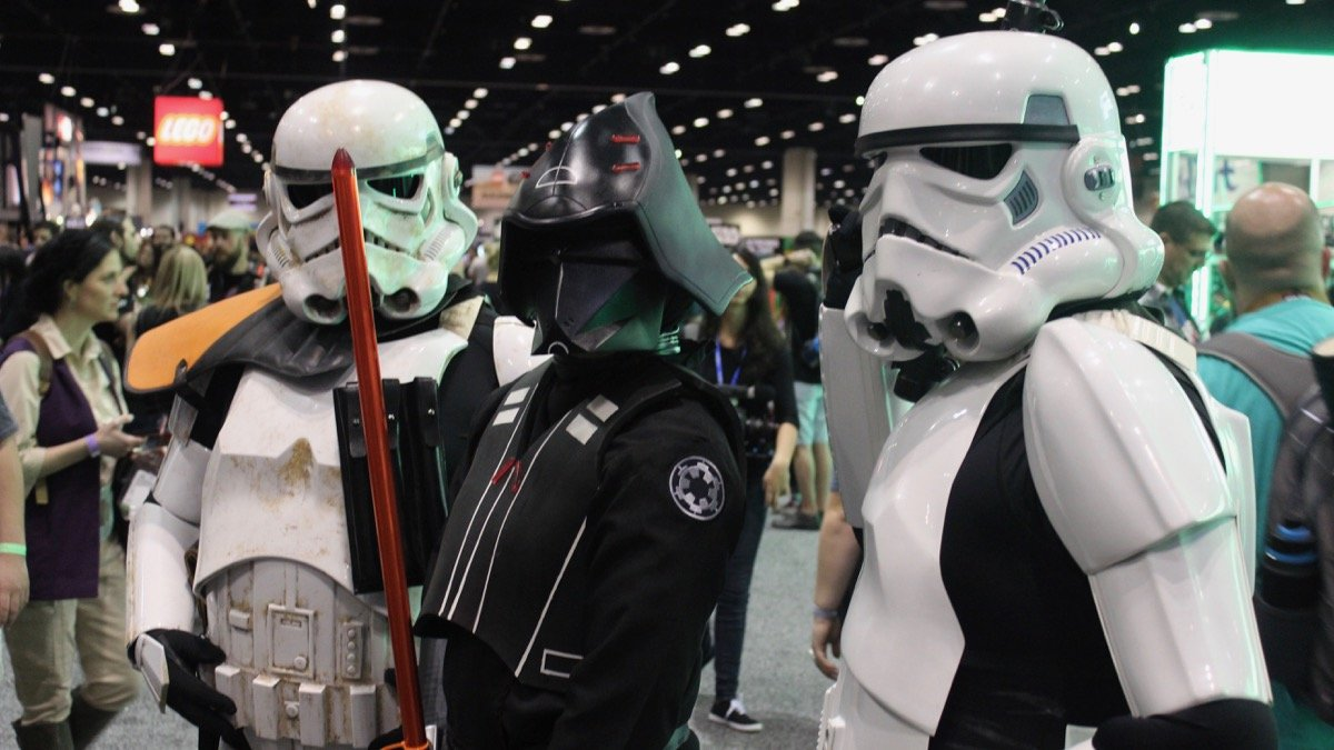 Star Wars Celebration 2017 Cosplay Gallery. ComingSoon.net is attending this year's big fan event and we've got our first batch of Star Wars Celebration 2017 cosplay photos from the convention floor!
