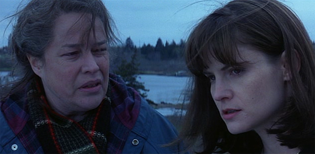 Dolores-Claiborne-Kathy-Bates-Jennifer-Jason-Leigh-if-you-want-to-know-somebody's-life-you-look-at-their-hands