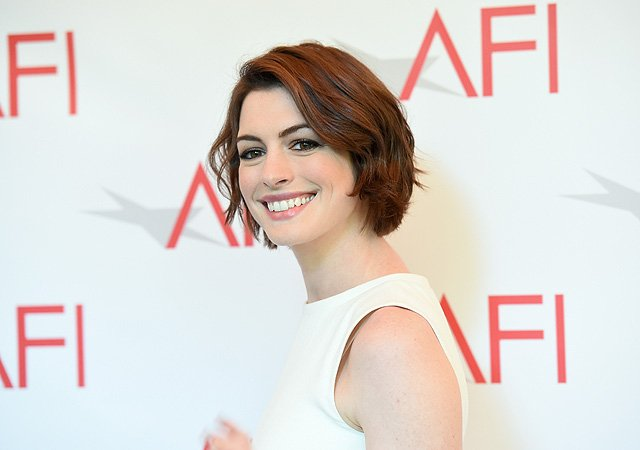 Anne Hathaway to Star in Untitled Romantic Comedy for STX