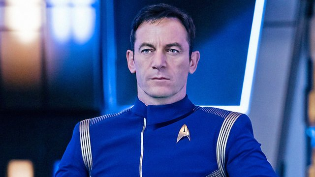 jason Isaacs is Captain Lorca. Captain Lorca appears on Star Trek: Discovery.