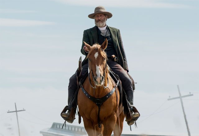 First Look at Netflix's Godless Series with Jeff Daniels