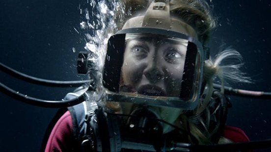 Exclusive 47 Meters Down Clip Gets the Cast Talking