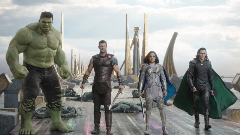 Meet The Revengers in Thor: Ragnarok Featurette