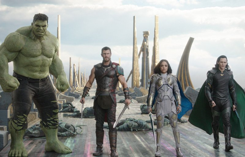 We Chat with the Thor: Ragnarok Cast and Director!
