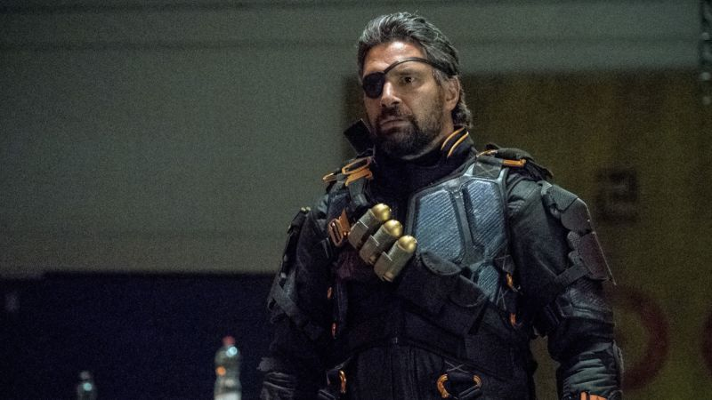 Deathstroke Returns in New Arrow Promo