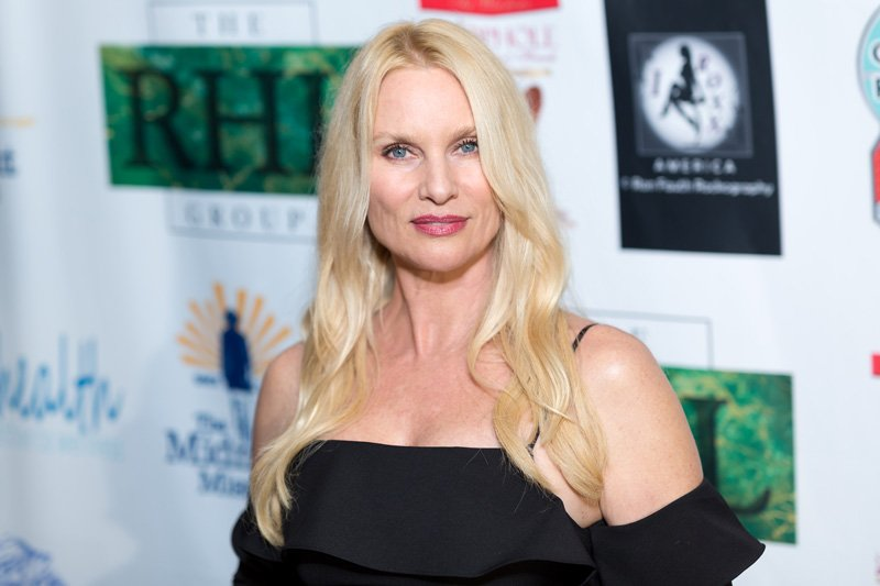 Nicollette Sheridan to Play Alexis Carrington on Dynasty