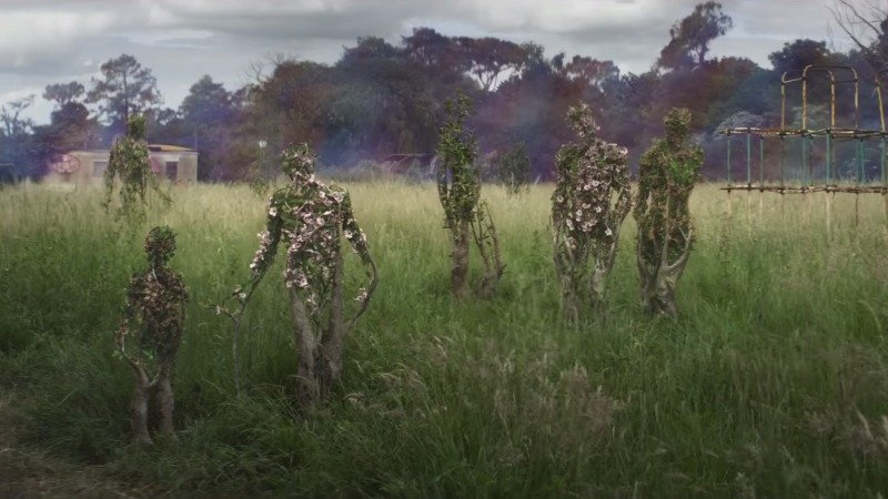 The New Annihilation Trailer Is a Beautiful Nightmare