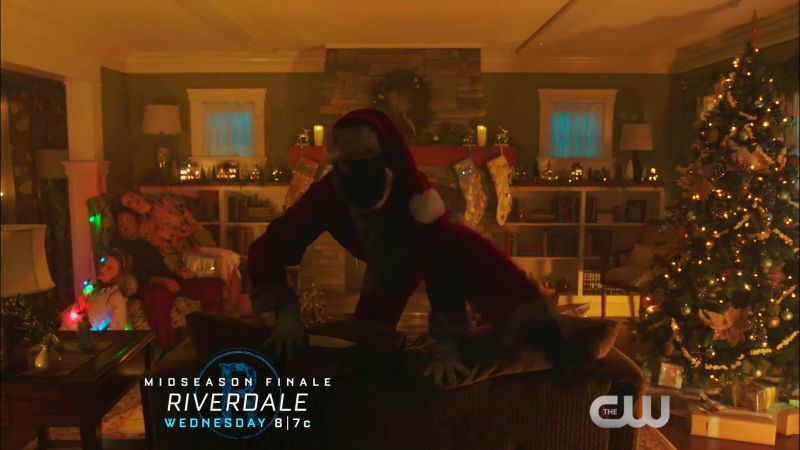 Riverdale Midseason Finale Trailer: Showdown with the Black Hood
