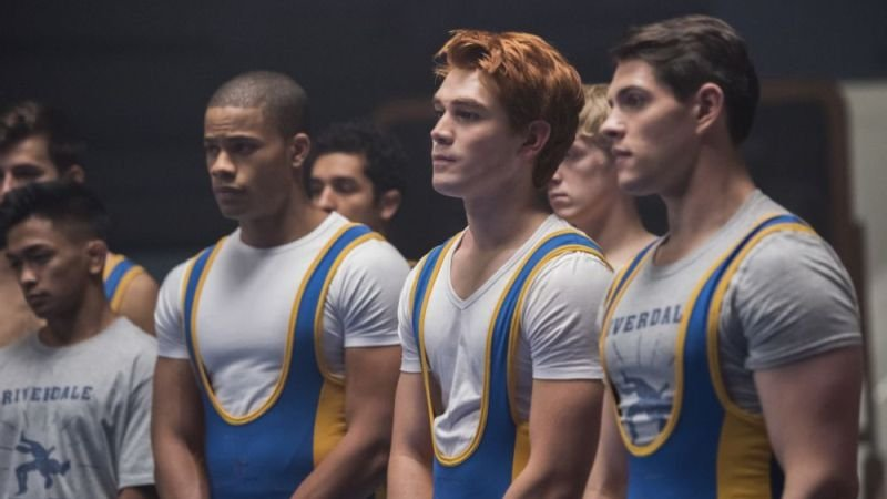 New Riverdale Photos from the Midseason Premiere and More!