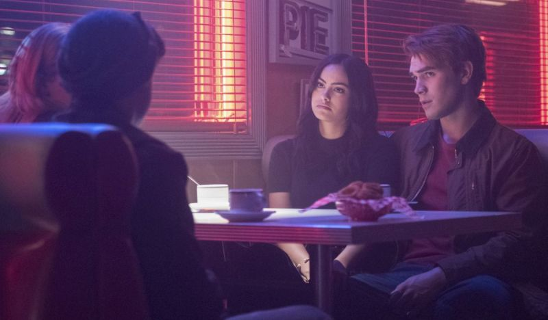 Photos from the Next Two Episodes of Riverdale Released