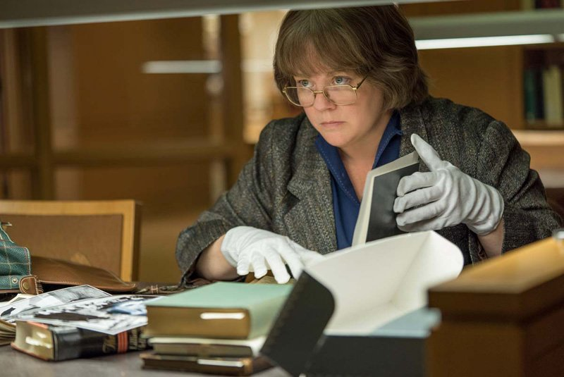 Watch Melissa McCarthy in the Can You Ever Forgive Me? Trailer