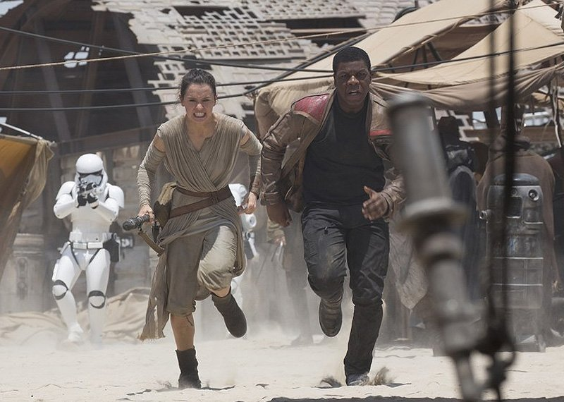 John Boyega Says Star Wars: Episode IX Won't Keep Finn & Rey Apart