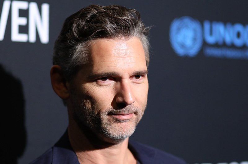 Eric Bana to Star Opposite Connie Britton in Dirty John Series