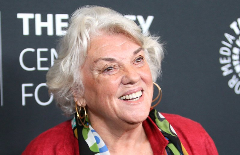 'Murphy Brown': Tyne Daly Joins Cast Of CBS Revival
