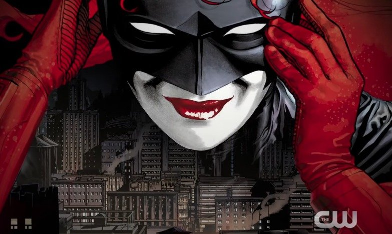 Comic-Con: Batwoman Teased in The CW's New Heroes & Villains Trailer