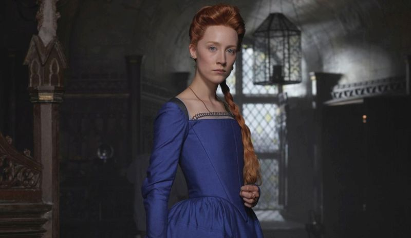 'Mary Queen Of Scots' Trailer: Saoirse Ronan & Margot Robbie Revisit The Legend