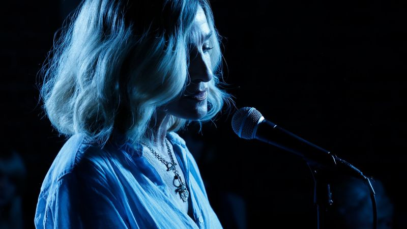 Paramount Acquires Rights To Sarah Jessica Parker's Here And Now
