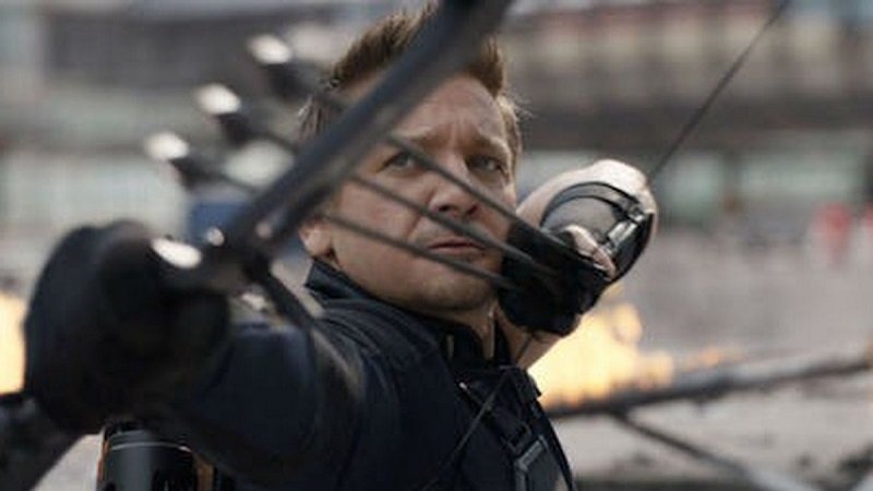 Jeremy Renner's Hawkeye Suffers Damage in New Avengers 4 Photo