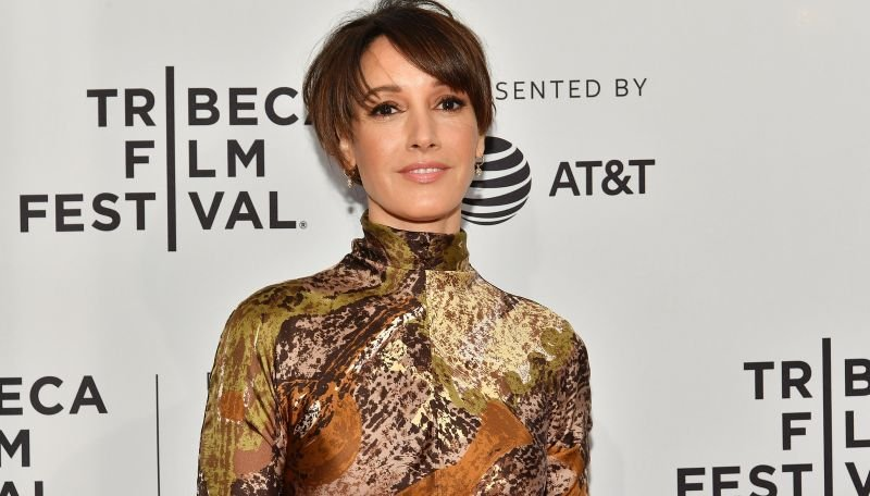 Jennifer Beals Signs On For Swamp Thing