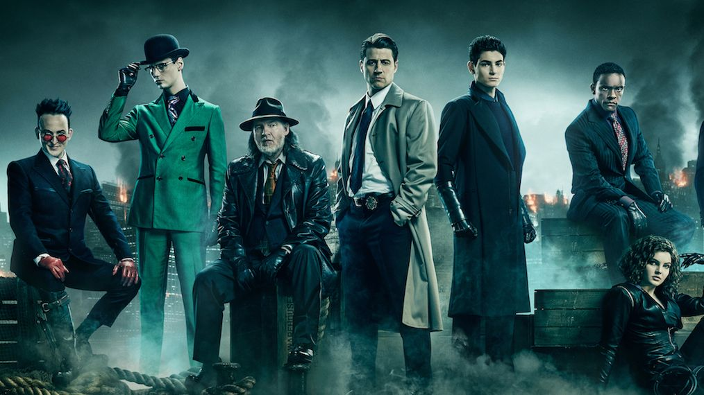 Gotham Cast Assembles for Final Season Promo Art