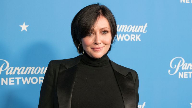 Shannen Doherty Returning for Beverly Hills 90210 Revival Event