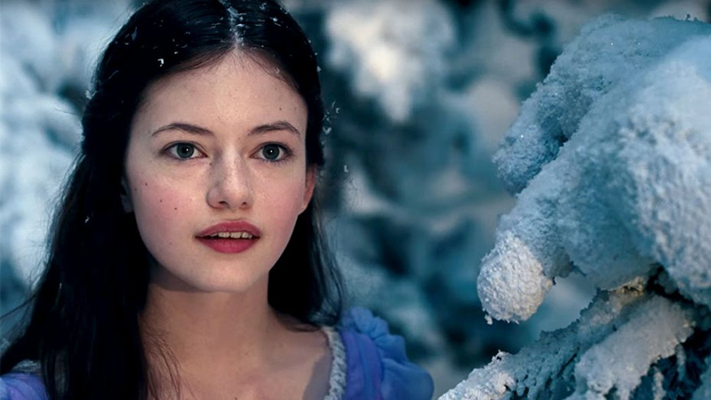 Black Beauty: Mackenzie Foy & Kate Winslet to Star in Movie Adaptation