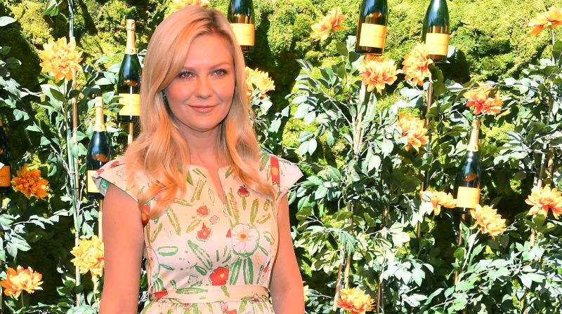 Kirsten Dunst Steps in for Elisabeth Moss in The Power of the Dog