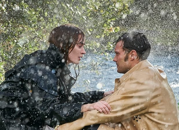 Wild Mountain Thyme Photo: First Look at Emily Blunt and Jamie Dornan