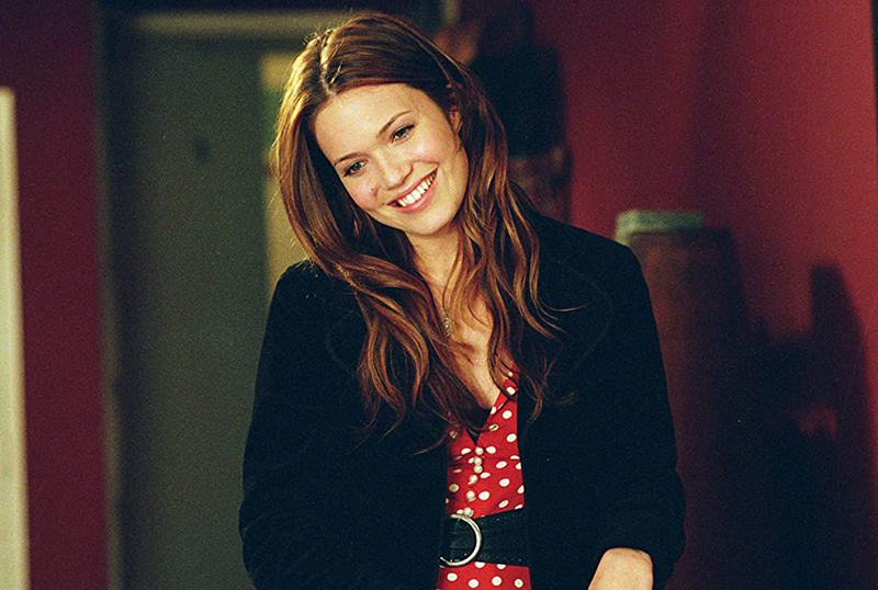 Starz Unveils May 2020 Calendar Including Mother's Day Collection!
