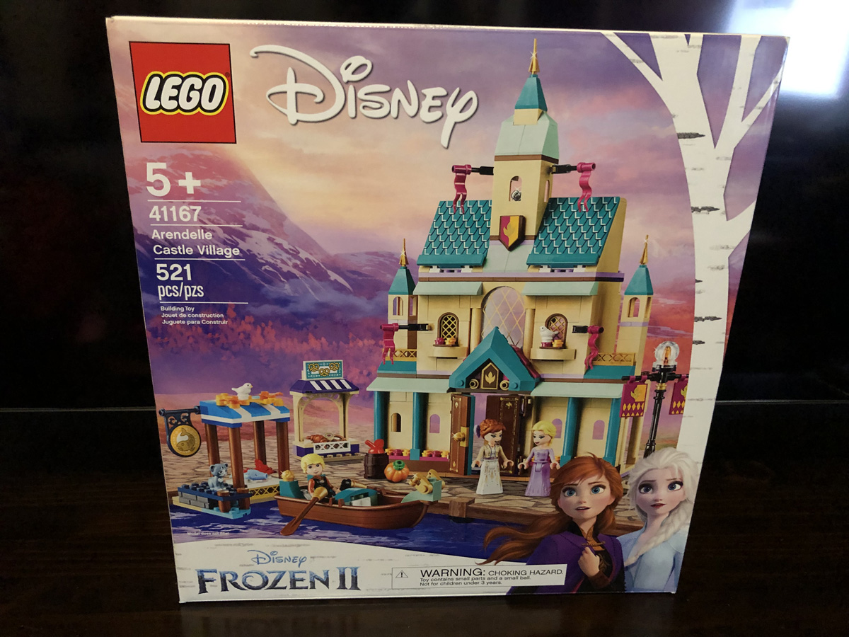 LEGO Disney Frozen II Arendelle Castle Village