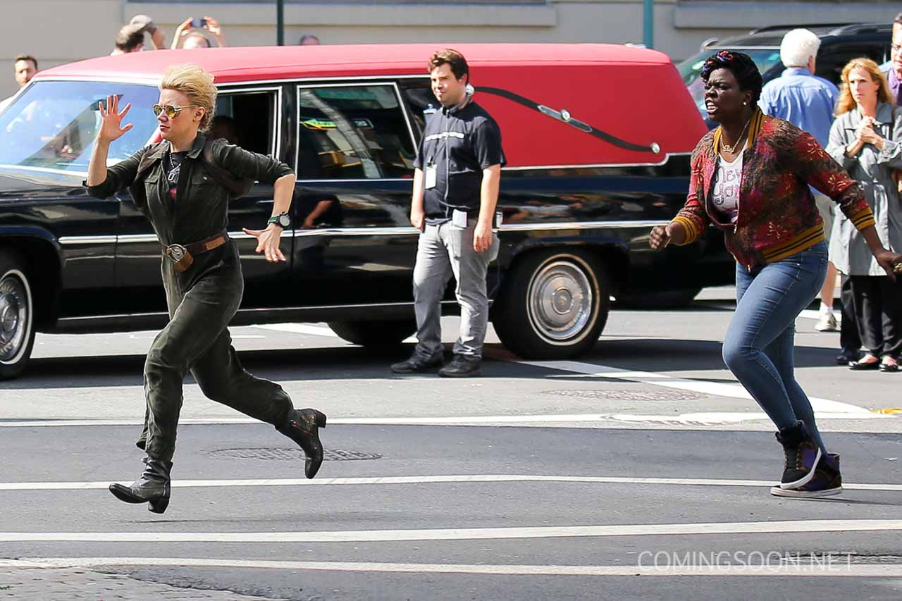Bill Murray Spotted on His Way to the Ghostbusters Set ...