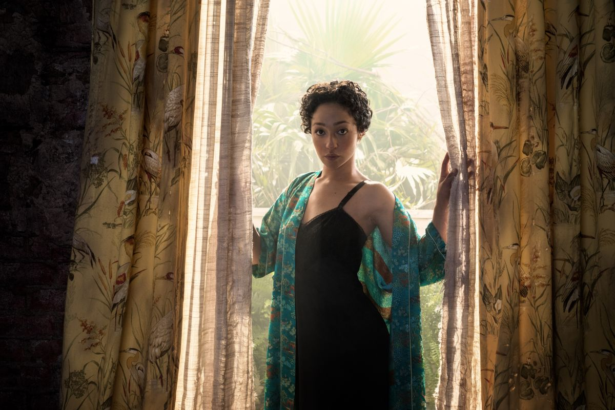 Ruth Negga as Tulip O'Hare - Preacher _ Season 2, Gallery - Photo Credit: Marco Grob/AMC