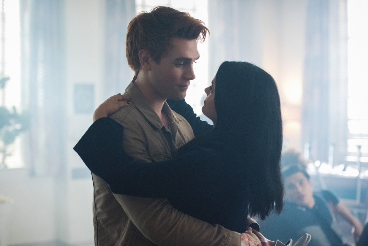 Riverdale Episode 2.01