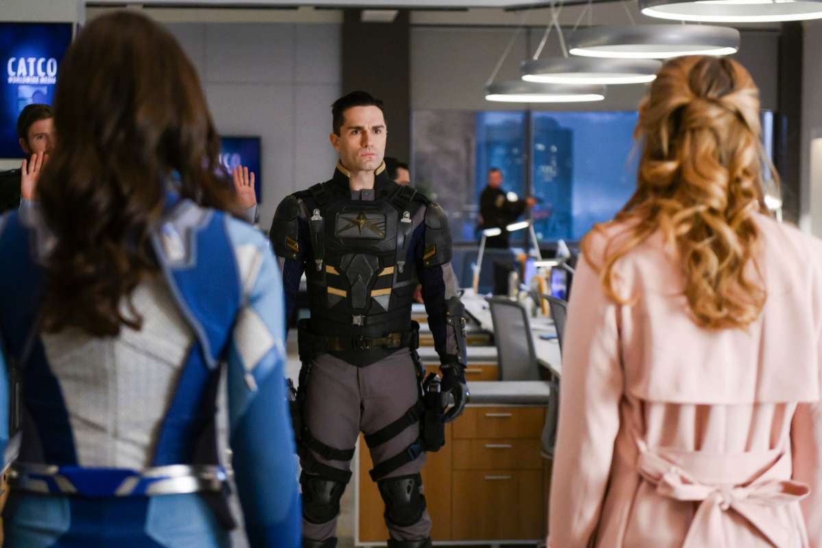 supergirl-episode-4-19-american-dreamer-3
