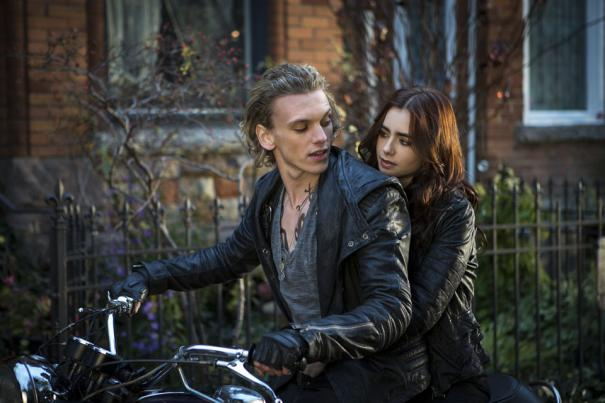 The_Mortal_Instruments:_City_of_Bones_22.jpg